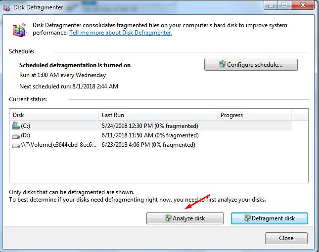 nhấn analyze disk quá trình chống phân mảnh ổ cứng bắt đầu