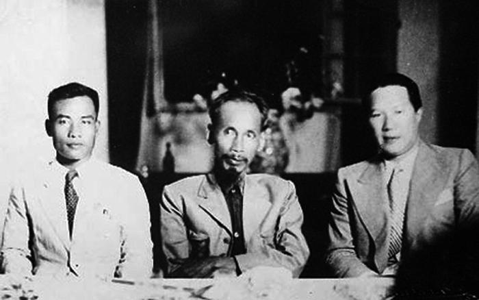Vua bảo đại tham gia chính phủ Việt Nam công hòa