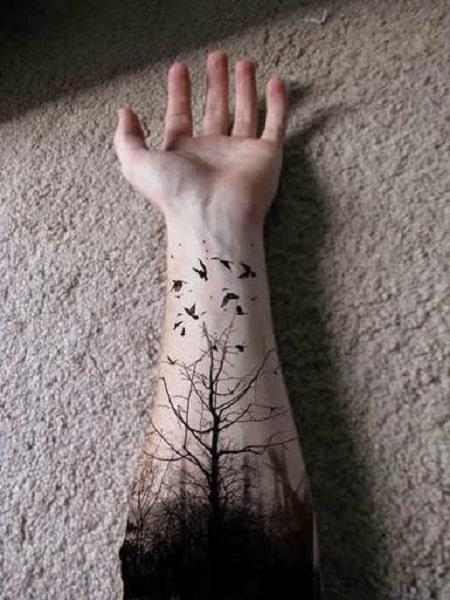 hình xăm cây trên cổ tay