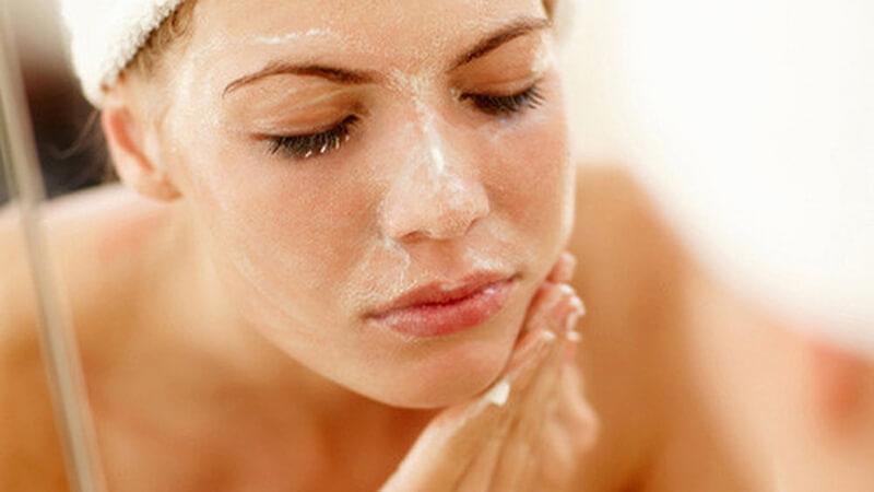 Để có làn da đẹp thì việc tẩy tế bào chết rất cần thiết