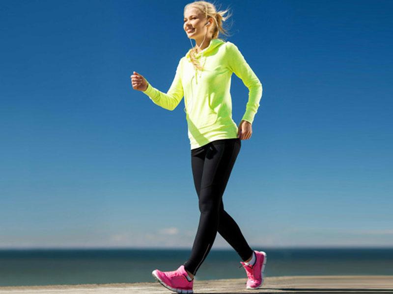 Đi bộ giúp giảm cơn đau một cách hiệu quả